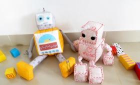 רובוט בן ורובוטית בת