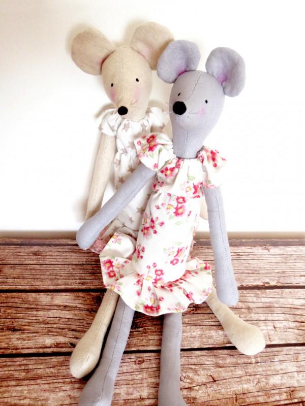 שתי עכברות שלי