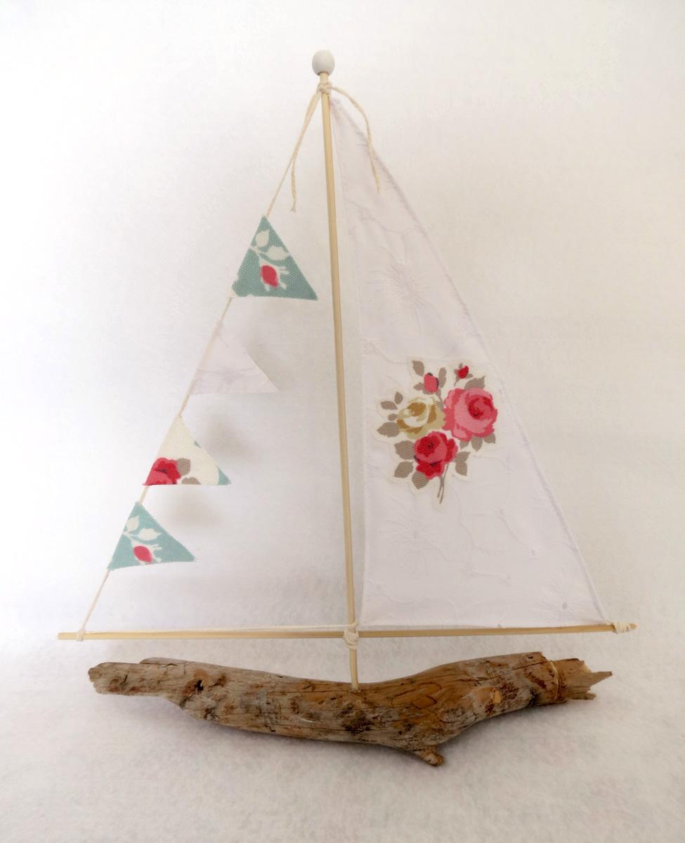 סירה רומנטית 1