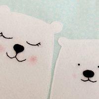 כרית דובי קוטב עם גזרה
